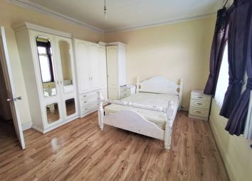 1 bed terraced house to rent in Buntingbridge Road, Ilford IG2