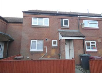 Thumbnail 3 bed town house to rent in Grassmoor Court, Scunthorpe