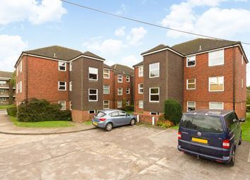 Thumbnail 2 bed flat to rent in Blind Lane, Bourne End