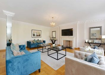 Thumbnail 4 bed flat to rent in Abbey Lodge, London