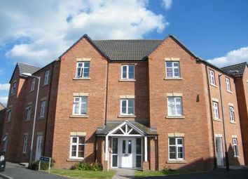 2 bed flat to rent in The Marish, Warwick CV34