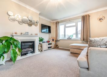 Thumbnail 2 bedroom flat for sale in Emlyn Road, Redhill