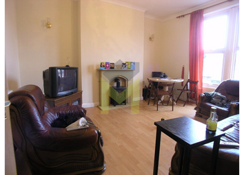 Thumbnail 4 bedroom maisonette to rent in Heaton Road, Heaton