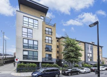 Capulet Square, Talwin Street, Bromley By Bow E3. 2 bed flat