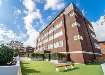 Thumbnail 2 bed penthouse to rent in Union Road, Solihull