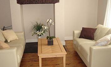 Thumbnail 2 bed flat to rent in Beamsley Place, Leeds