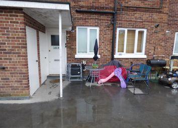 Furzehill Parade, Shenley Road, Borehamwood WD6. 2 bed flat