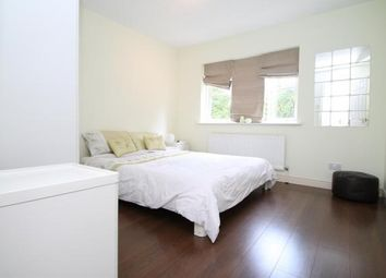 Thumbnail 3 bedroom detached house to rent in Hollycroft Close, South Croydon