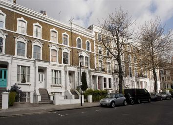 Thumbnail 1 bed flat to rent in Blenheim Crescent, London