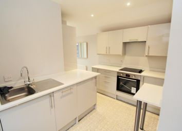 2 bed maisonette to rent in Whitley Wood Road, Reading, Berkshire RG2
