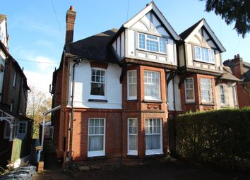 1 bed flat to rent in Buckland Road, Maidstone, Kent ME16