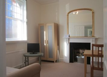 Thumbnail 1 bed flat to rent in Cathedral Mansions, 262 Vauxhall Bridge Road, London