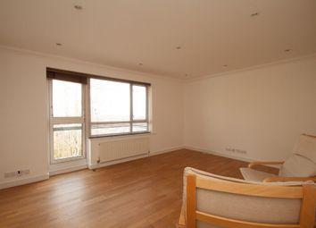 Thumbnail 2 bedroom flat to rent in Lyonsdown Road, New Barnet