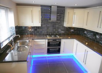 Thumbnail 3 bed town house to rent in Vesper Road, Leeds, West Yorkshire