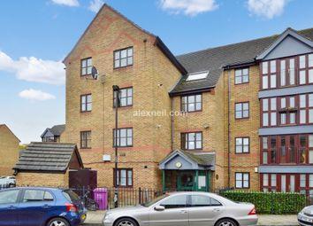 2 bed flat for sale in Ireton Street, London E3