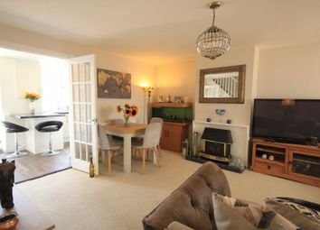Thumbnail 3 bed town house for sale in Scott Close, Emmer Green, Reading