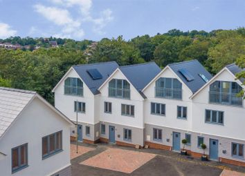 Thumbnail 4 bed town house for sale in Trevelyan Gardens, Loughton