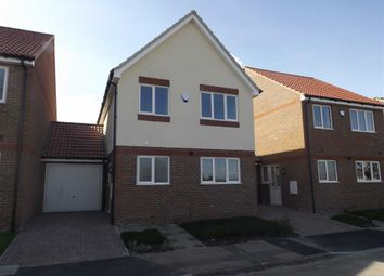 Thumbnail 3 bed link-detached house for sale in Hogg Lane, Grays, Essex
