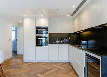 Thumbnail 2 bed flat to rent in London House, 100 New Kings Road