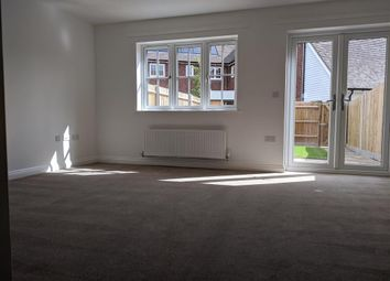 Blunden Lane, Yalding, Maidstone, Kent ME18. 3 bed terraced house