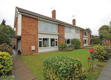 Alwyns Close, Chertsey, Surrey KT16. 3 bed maisonette
