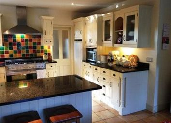 Thumbnail 6 bed property to rent in Curle Avenue, Lincoln