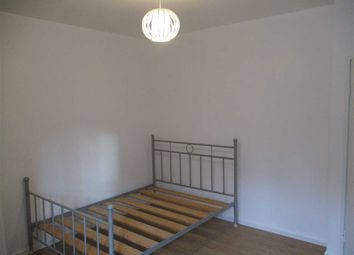 Thumbnail 1 bed flat to rent in Cornwall Street, Newton House - Shadwell, London