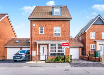 Thumbnail 4 bedroom detached house for sale in Bedivere Road, Ifield, Crawley
