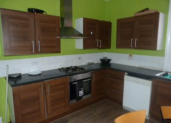 5 bed flat to rent in Brondesbury Park, Willesden Green, London NW2