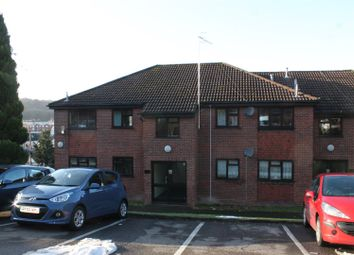 Thumbnail 2 bed flat to rent in Kaybridge Close, High Wycombe