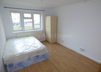 Thumbnail 5 bedroom flat to rent in Douglas Road, London