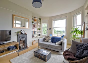 Thumbnail Flat for sale in Lissenden Gardens, Parliament Hill, London