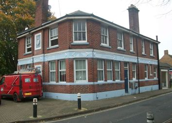 Thumbnail 2 bedroom flat to rent in Crasswell Street, Portsmouth