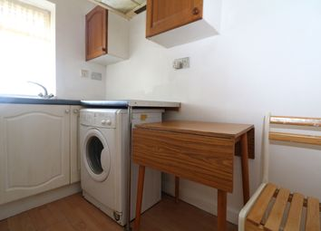 Thumbnail Studio to rent in Markmanor Ave, Walthamstow