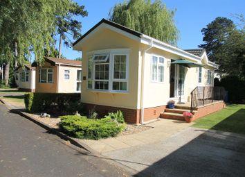 Thames Road, Willows Riverside Park, Windsor SL4. 1 bed mobile/park home