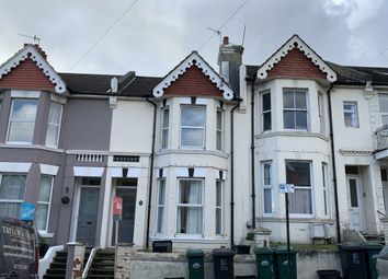 3 bed terraced house to rent in Hollingbury Road, Brighton BN1