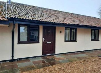 Thumbnail 1 bed bungalow to rent in Fen Lane, Upminster