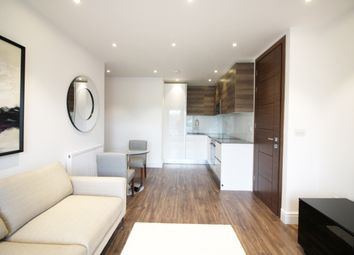Thumbnail 1 bed flat to rent in East Barnet Road, London