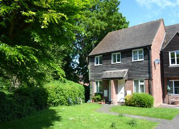 Thumbnail Studio to rent in Saffron Close, Newbury, Berkshire