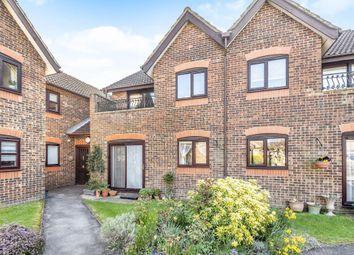 Thumbnail 2 bedroom flat for sale in Stokenchurch, Buckinghamshire
