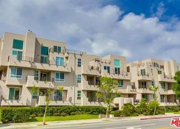 Thumbnail 3 bed town house for sale in 4925 Wilshire 301, Los Angeles, Ca, 90010