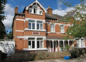 Thumbnail 2 bed flat to rent in Lebanon Park, Twickenham