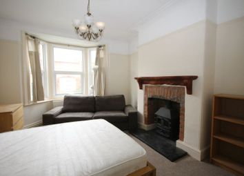 Thumbnail Studio to rent in Gold Croft, Yeovil