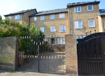 Thumbnail 5 bed detached house to rent in Gunwhale Close, London