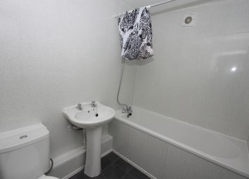 Thumbnail 2 bedroom property to rent in Wilton Avenue, Holland Street, Hull