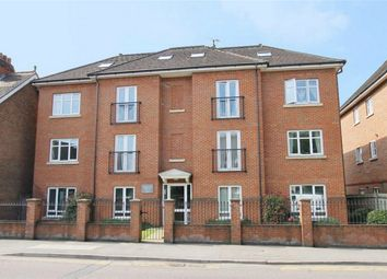 Thumbnail 1 bed flat to rent in Balfour Road, Weybridge, Surrey