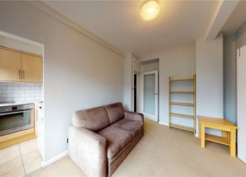 Thumbnail 1 bed flat to rent in Charterhouse Square, Clerkenwell