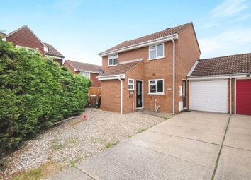 Thumbnail 3 bedroom detached house for sale in Carriage Drive, Springfield, Chelmsford