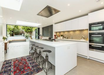 Thumbnail 5 bed terraced house to rent in Greenside Road, London