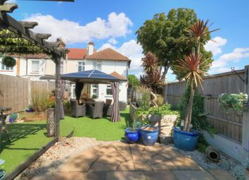 3 bed link-detached house for sale in Westbourne Grove, Westcliff-On-Sea SS0